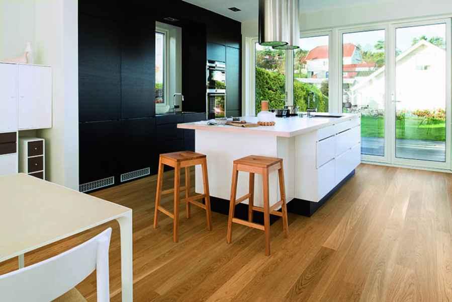 Oak Andante Plank Room