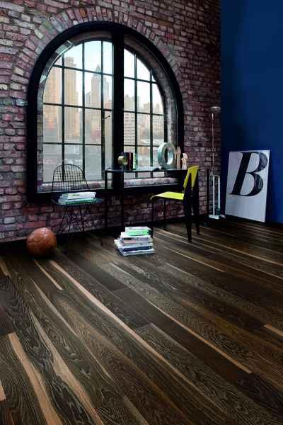 Oak Lava Plank Room