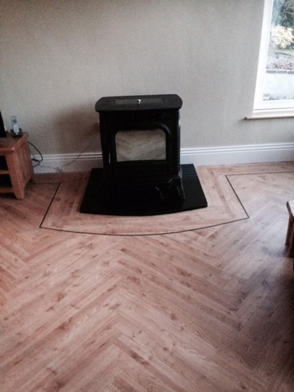 LVT Diagonal Feature Strip
